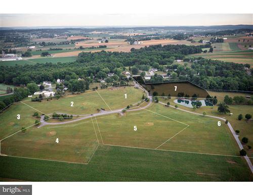 Photo of 20 JAMESFIELD PLACE (HOMESITE NO 7), MANHEIM, PA 17545 (MLS # PALA2003360)