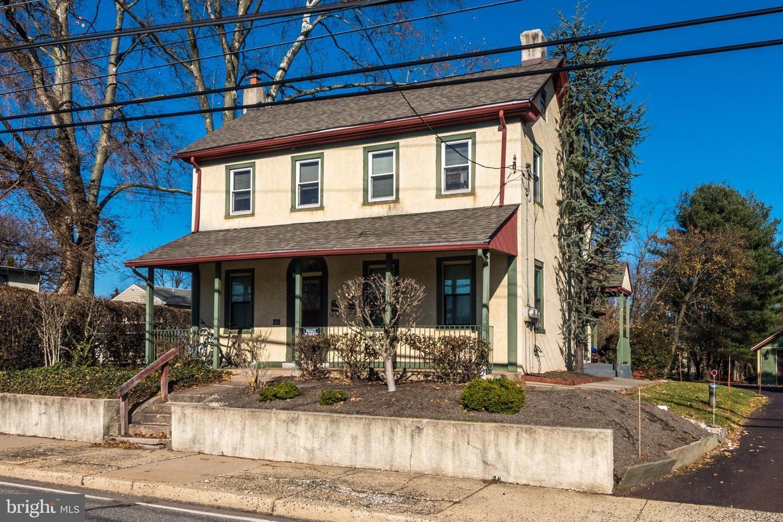 421 W MAIN ST, Collegeville, PA 19426 - #: PAMC633360
