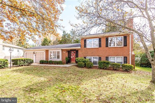Photo of 8505 PAUL REVERE CT, ANNANDALE, VA 22003 (MLS # VAFX1168362)