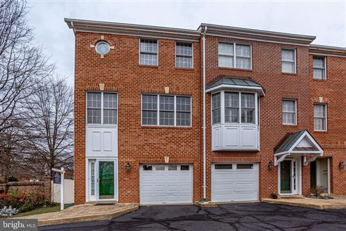 Photo of 3352 5TH ST S, ARLINGTON, VA 22204 (MLS # VAAR158364)