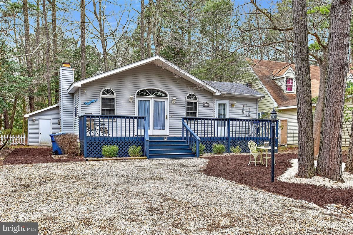 Photo for 18 CAMELOT CIR, OCEAN PINES, MD 21811 (MLS # MDWO112364)