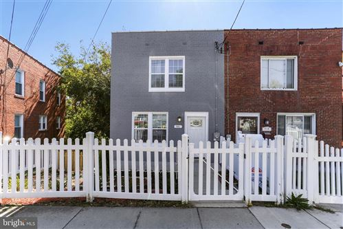 Photo of 721 UPSAL ST SE, WASHINGTON, DC 20032 (MLS # DCDC447366)