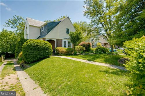 Photo of 4429 HARCOURT RD, BALTIMORE, MD 21214 (MLS # MDBA510366)