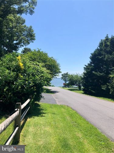 Photo of 560 BAY VIEW DR, LUSBY, MD 20657 (MLS # MDCA183372)