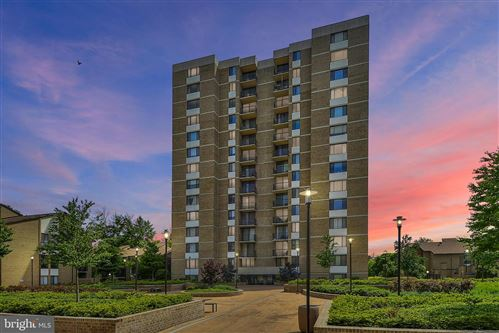 Photo of 118 MONROE ST #311, ROCKVILLE, MD 20850 (MLS # MDMC708372)
