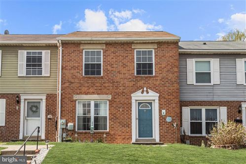 Photo of 10 CLEARLAKE CT, BALTIMORE, MD 21234 (MLS # MDBC489374)