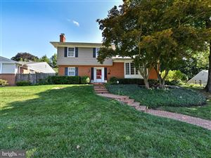 Photo of 5207 CAMBERLEY AVE, BETHESDA, MD 20814 (MLS # MDMC660376)