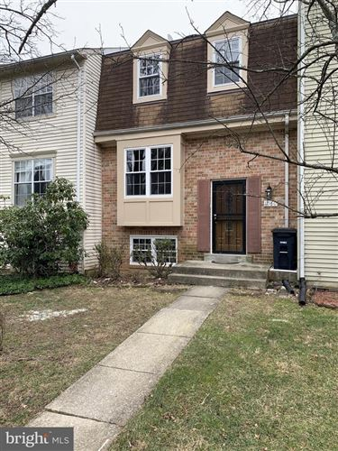 Photo of 1060 COPPERSTONE CT, ROCKVILLE, MD 20852 (MLS # MDMC693376)