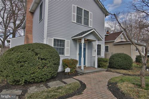 Photo of 318 LINDEN AVE, EDGEWATER, MD 21037 (MLS # MDAA424380)