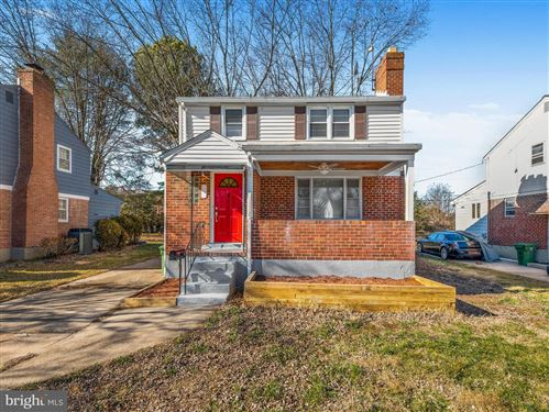 Photo of 6214 HILLTOP AVE, BALTIMORE, MD 21206 (MLS # MDBA497380)