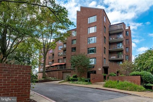 Photo of 100 SEVERN AVE #305, ANNAPOLIS, MD 21403 (MLS # MDAA464384)