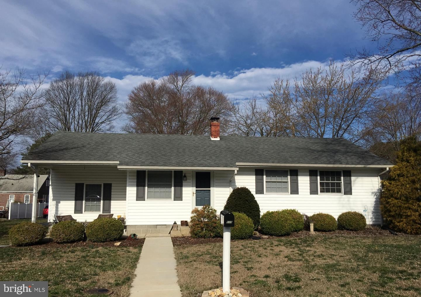 Photo for 515 PLEASANT PL, EASTON, MD 21601 (MLS # MDTA137384)