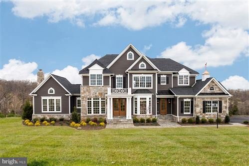 Photo of 16102 WATERFORD CREST PL, PAEONIAN SPRINGS, VA 20129 (MLS # VALO418386)