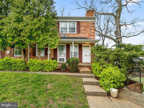 Photo of 141 TALBOTT ST, ROCKVILLE, MD 20852 (MLS # MDMC701388)