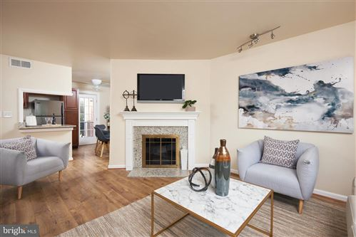 Photo of 2846 S WAKEFIELD ST #C, ARLINGTON, VA 22206 (MLS # VAAR170388)