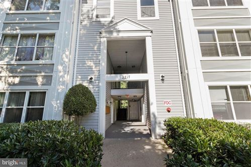 Photo of 2717 SNOWBIRD TER #6-27, SILVER SPRING, MD 20906 (MLS # MDMC726390)
