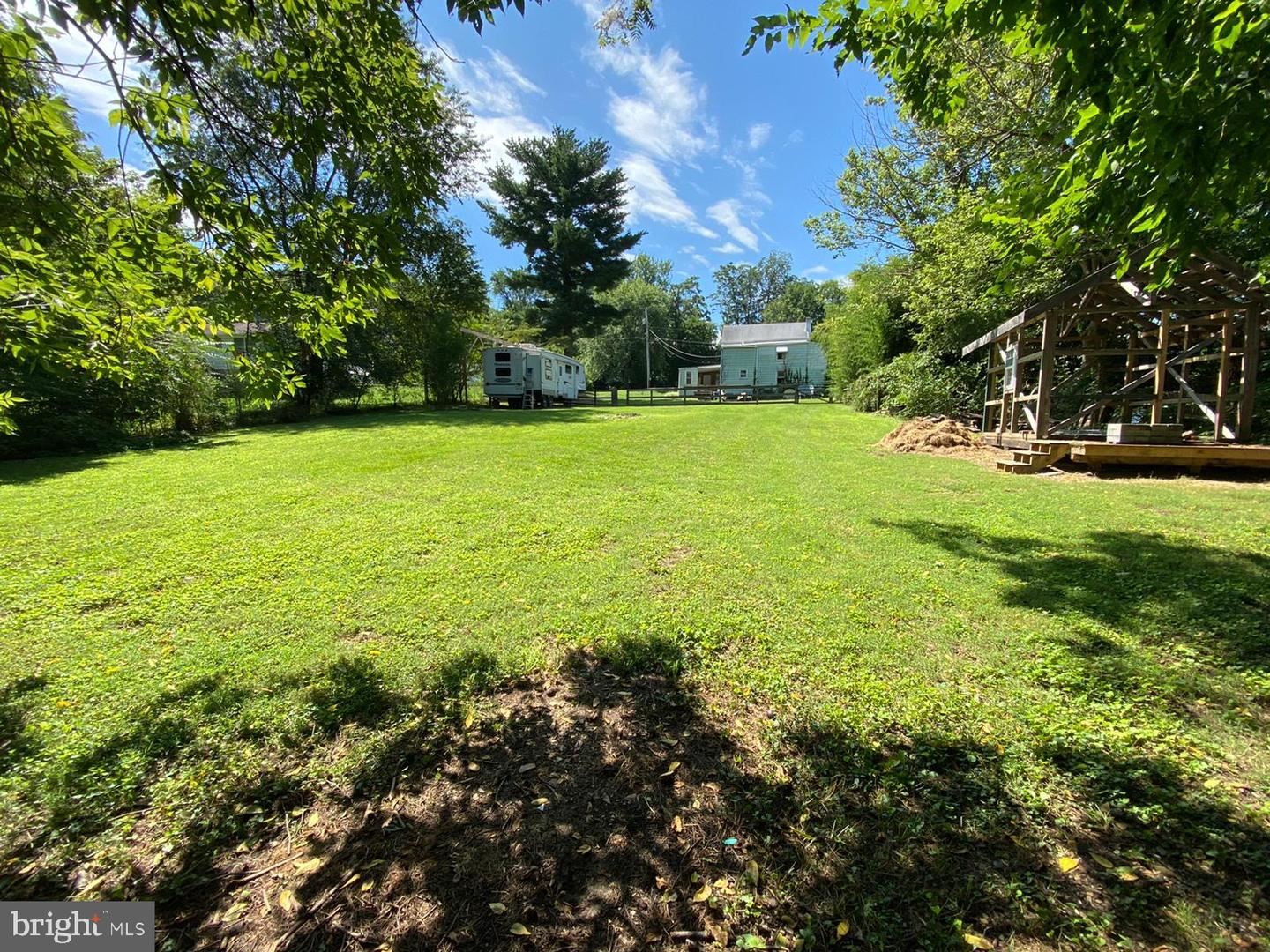 Photo of 9708 THOMPSON DR, IJAMSVILLE, MD 21754 (MLS # MDFR269394)