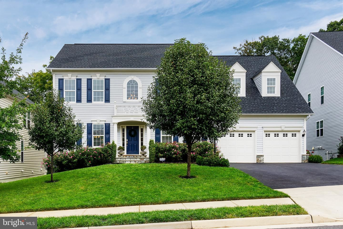 Photo of 21144 WALKLEY HILL PL, ASHBURN, VA 20148 (MLS # VALO419394)
