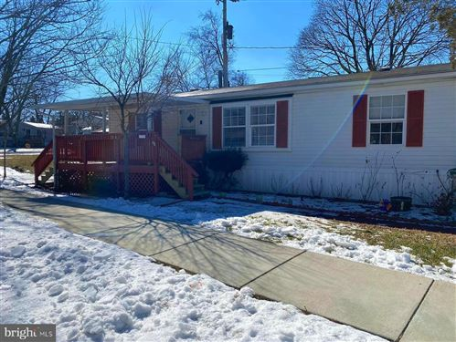 Photo of 130A CHESAPEAKE MOBILE CT, HANOVER, MD 21076 (MLS # MDAA460396)