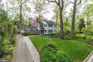 Photo of 8013 WESTOVER RD, BETHESDA, MD 20814 (MLS # MDMC653398)