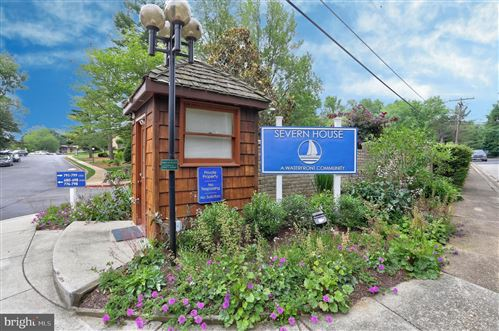 Photo of 798 FAIRVIEW AVE #E, ANNAPOLIS, MD 21403 (MLS # MDAA471400)