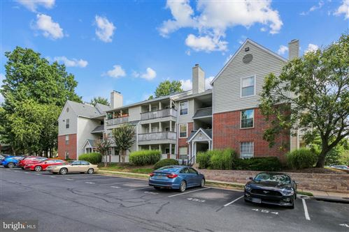 Photo of 3921 PENDERVIEW DR #1828, FAIRFAX, VA 22033 (MLS # VAFX1136400)