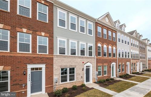 Photo of 3324 PROVIDER WAY, GERMANTOWN, MD 20874 (MLS # MDMC715402)