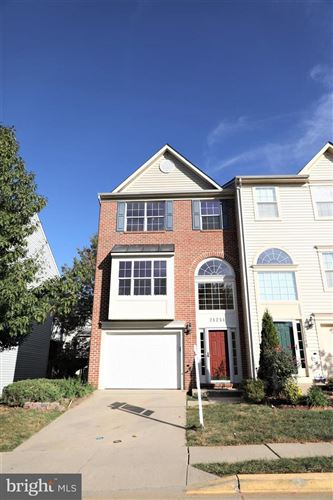 Photo of 21251 OWLS NEST CIR #39, GERMANTOWN, MD 20876 (MLS # MDMC683404)