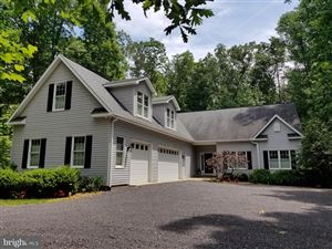Photo of 805 LAKEVIEW PKWY, LOCUST GROVE, VA 22508 (MLS # VAOR133404)