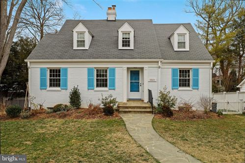 Photo of 5321 CARVEL RD, BETHESDA, MD 20816 (MLS # MDMC740406)
