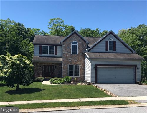 Photo of 624 COPPER CIR, LEWISBERRY, PA 17339 (MLS # PAYK138406)