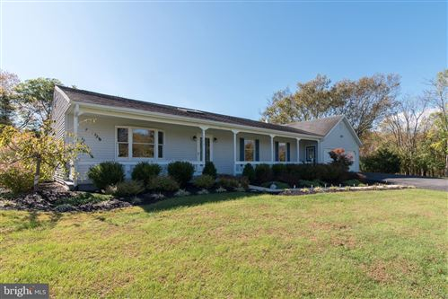 Photo of 184 EQUESTRIAN WAY, MARTINSBURG, WV 25404 (MLS # WVBE172408)