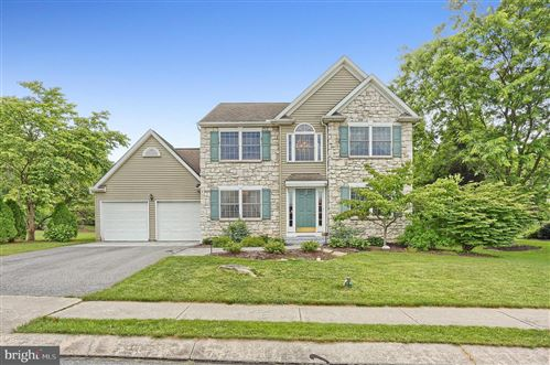 Photo of 614 WOODHALL DR, WILLOW STREET, PA 17584 (MLS # PALA165410)
