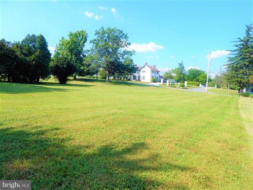 Photo of 32 NEWPORT AVE, CHRISTIANA, PA 17509 (MLS # PALA166410)