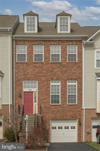 Photo of 678 MCLEARY SQ SE, LEESBURG, VA 20175 (MLS # VALO432410)