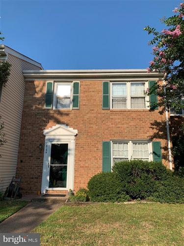 Photo of 4154 HAMLIN CT, CHANTILLY, VA 20151 (MLS # VAFX1153416)