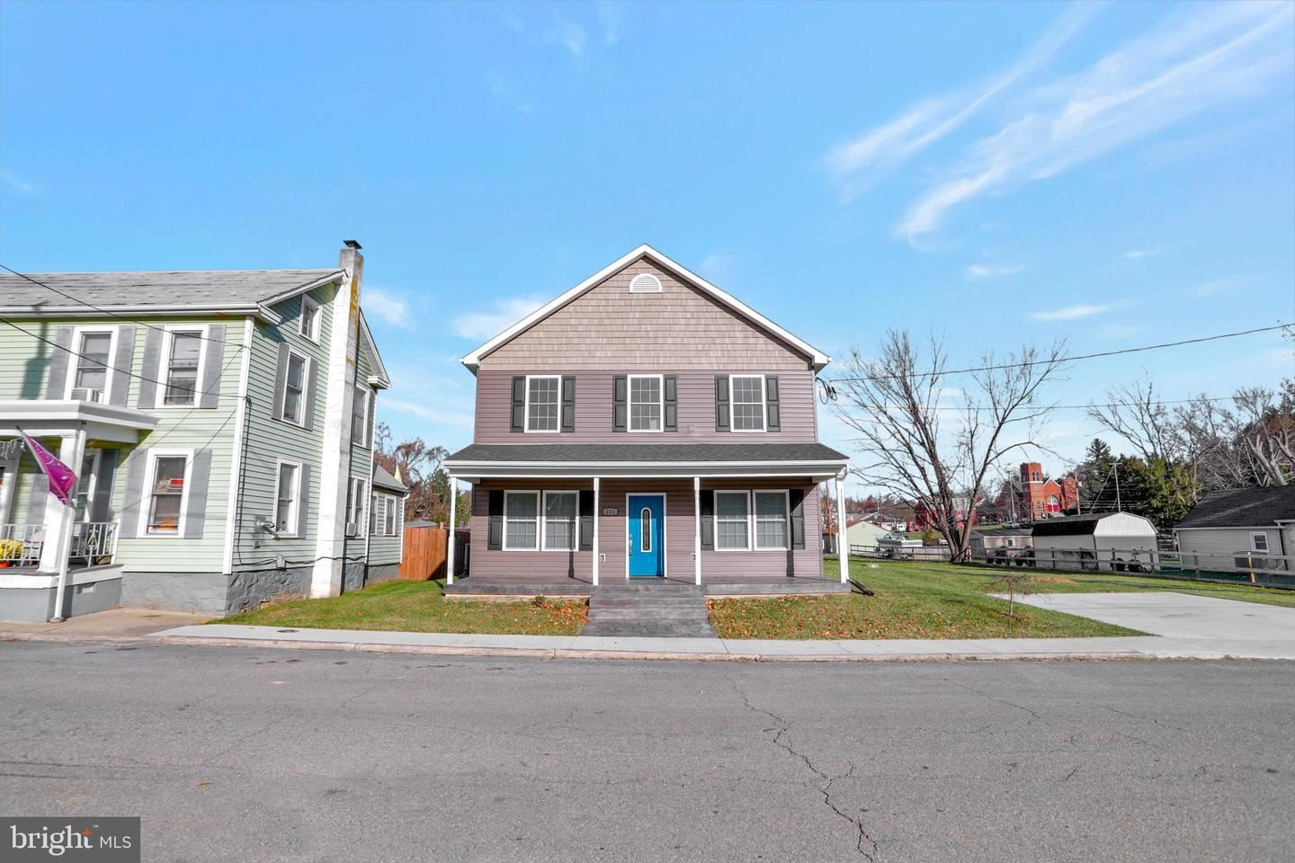 Photo of 115 E ANTIETAM ST, SHARPSBURG, MD 21782 (MLS # MDWA176420)