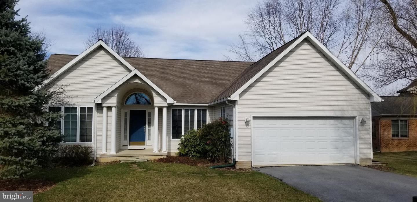 1812 WINSTON DR, Hagerstown, MD 21740 - #: MDWA171424