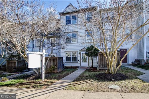 Photo of 13907 HIGHSTREAM PL #807, GERMANTOWN, MD 20874 (MLS # MDMC688426)