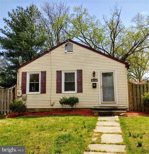 Photo of 507 PINEWOOD RD, ROCKVILLE, MD 20850 (MLS # MDMC702426)