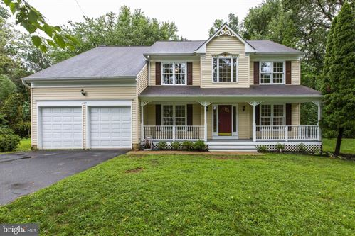 Photo of 209 ADAHI RD SE, VIENNA, VA 22180 (MLS # VAFX1148426)