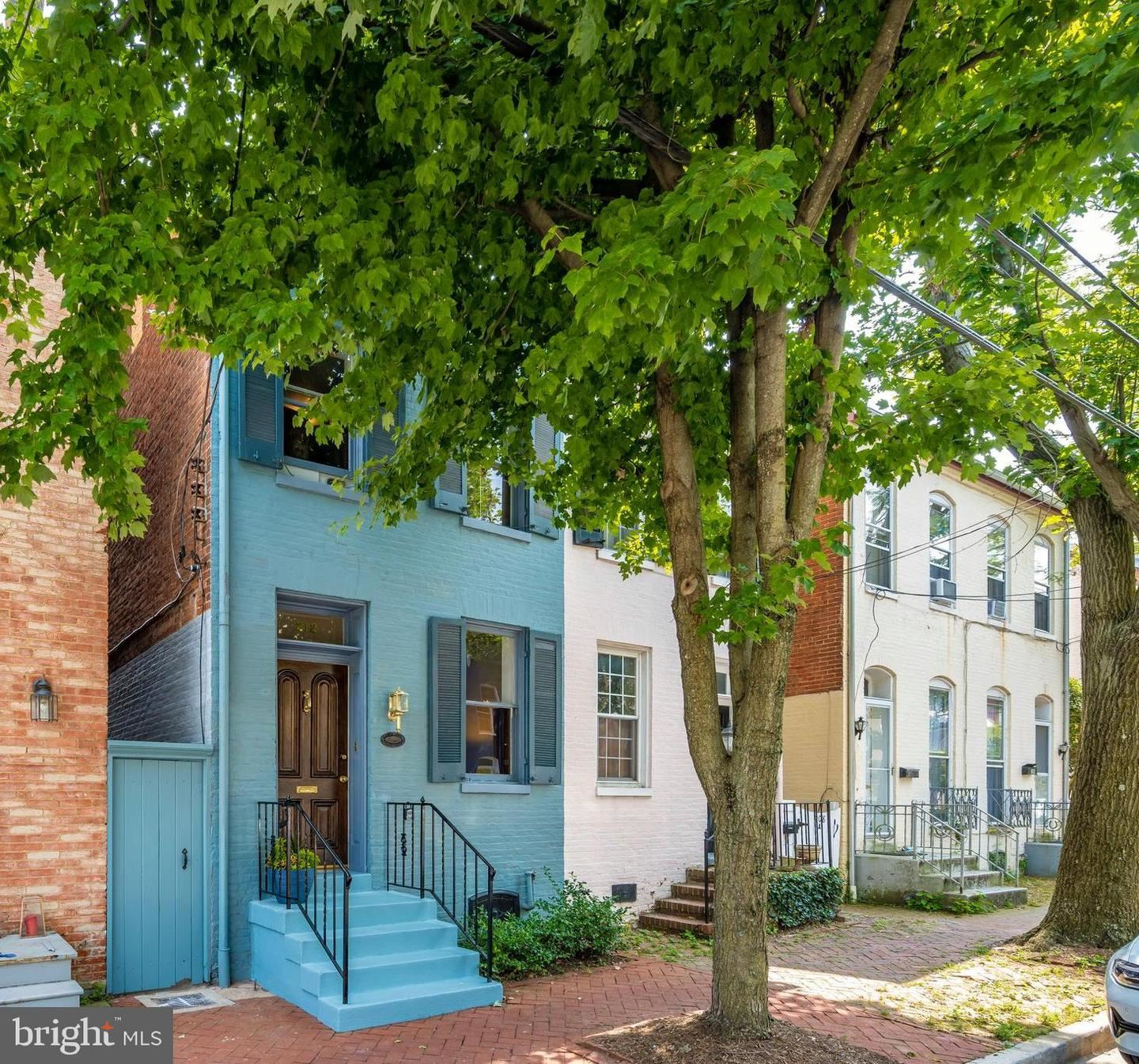 Photo of 212 E 3RD ST, FREDERICK, MD 21701 (MLS # MDFR2002426)
