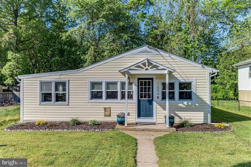 Photo of 1646 BAY RIDGE RD, EDGEWATER, MD 21037 (MLS # MDAA429428)