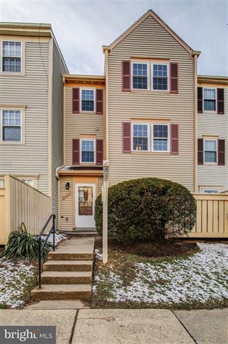 Photo of 11429 APPLEDOWRE WAY #15, GERMANTOWN, MD 20876 (MLS # MDMC691428)
