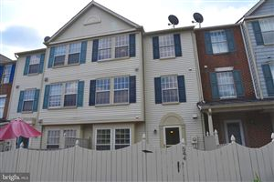 Photo of 544 HOLLYBERRY WAY, FREDERICK, MD 21703 (MLS # MDFR253430)