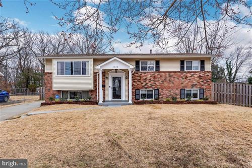 Photo of 5508 CHLOE DR, OXON HILL, MD 20745 (MLS # MDPG558430)