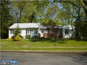 Photo of 20 MONROE AVE, PITMAN, NJ 08071 (MLS # NJGL262430)