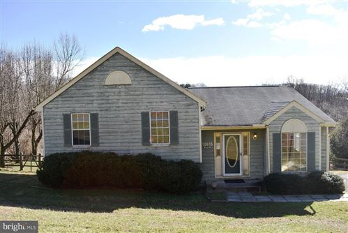 Photo of 10615 OLD BARN RD, NEW MARKET, MD 21774 (MLS # MDFR258432)
