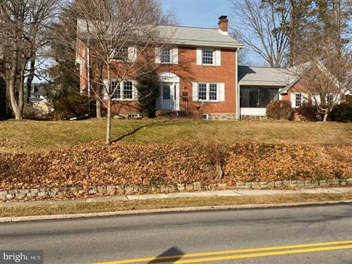 Photo of 132 N ROLLING RD, SPRINGFIELD, PA 19064 (MLS # PADE515432)