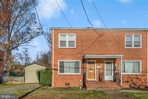 Photo of 1017 S BUCHANAN ST, ARLINGTON, VA 22204 (MLS # VAAR173432)